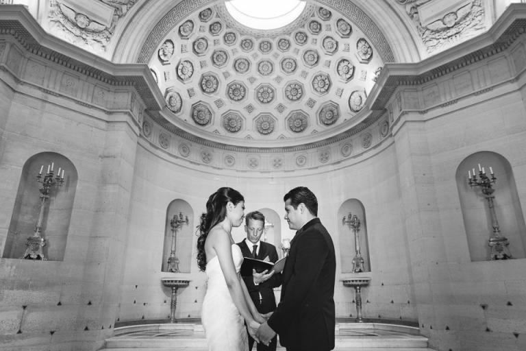 mariage intime à la chapelle Expiatoire