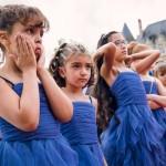 les enfants pendant le mariage près de Paris