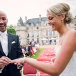 les mariés échangent leurs consentements