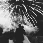 feu d'artifice pendant le mariage au château d'Esclimont