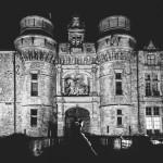 le château d'Esclimont de nuit