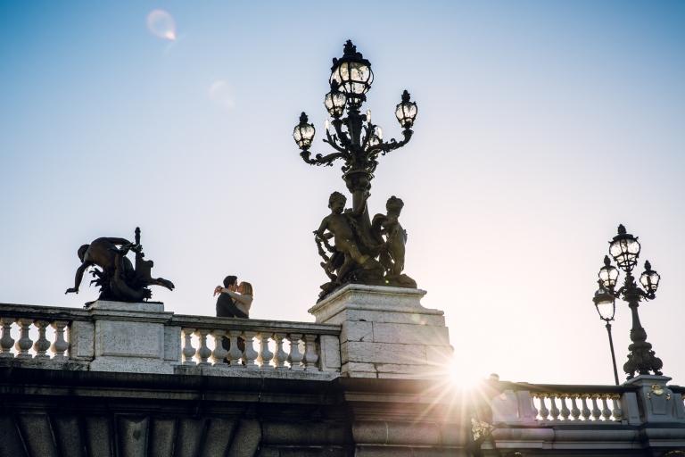 photo avant mariage sur le pont Alexandre III